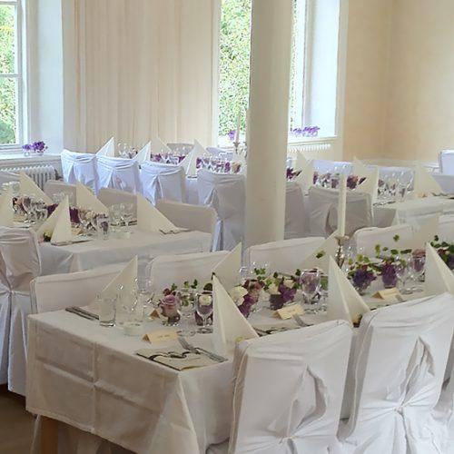 Bröllopsdukning i Tyresö Bygdegård